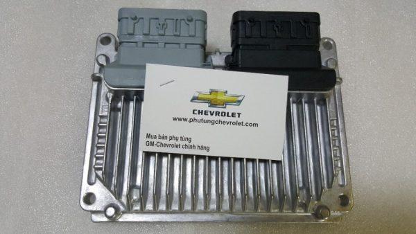 Hộp ECU xe Chevrolet Cruze LS chính hãng