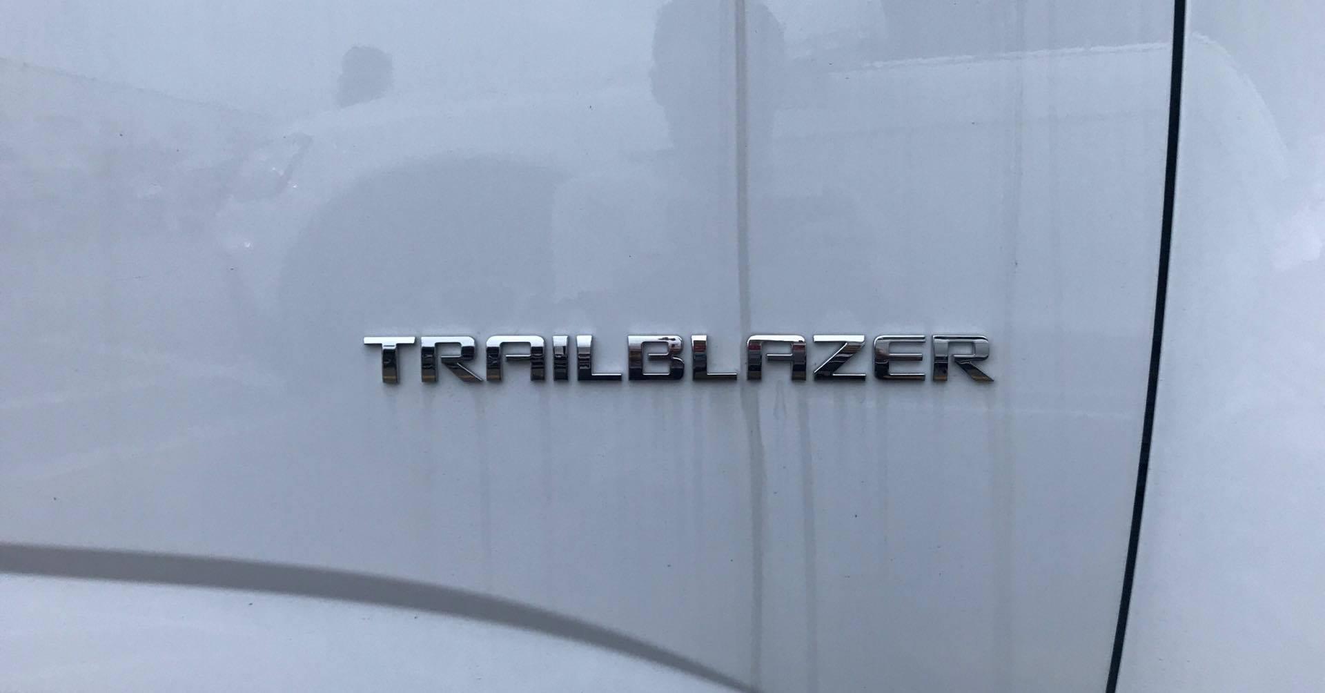 Chevrolet Trailblazer SUV 7 chỗ phân phối Việt NamChevrolet Trailblazer SUV 7 chỗ phân phối Việt Nam