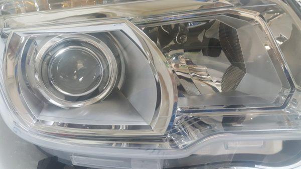 Đèn pha xe Colorado 2.8 chính hãng GM