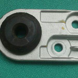 Giá đỡ két nước xe Spark M300 chính hãng GM