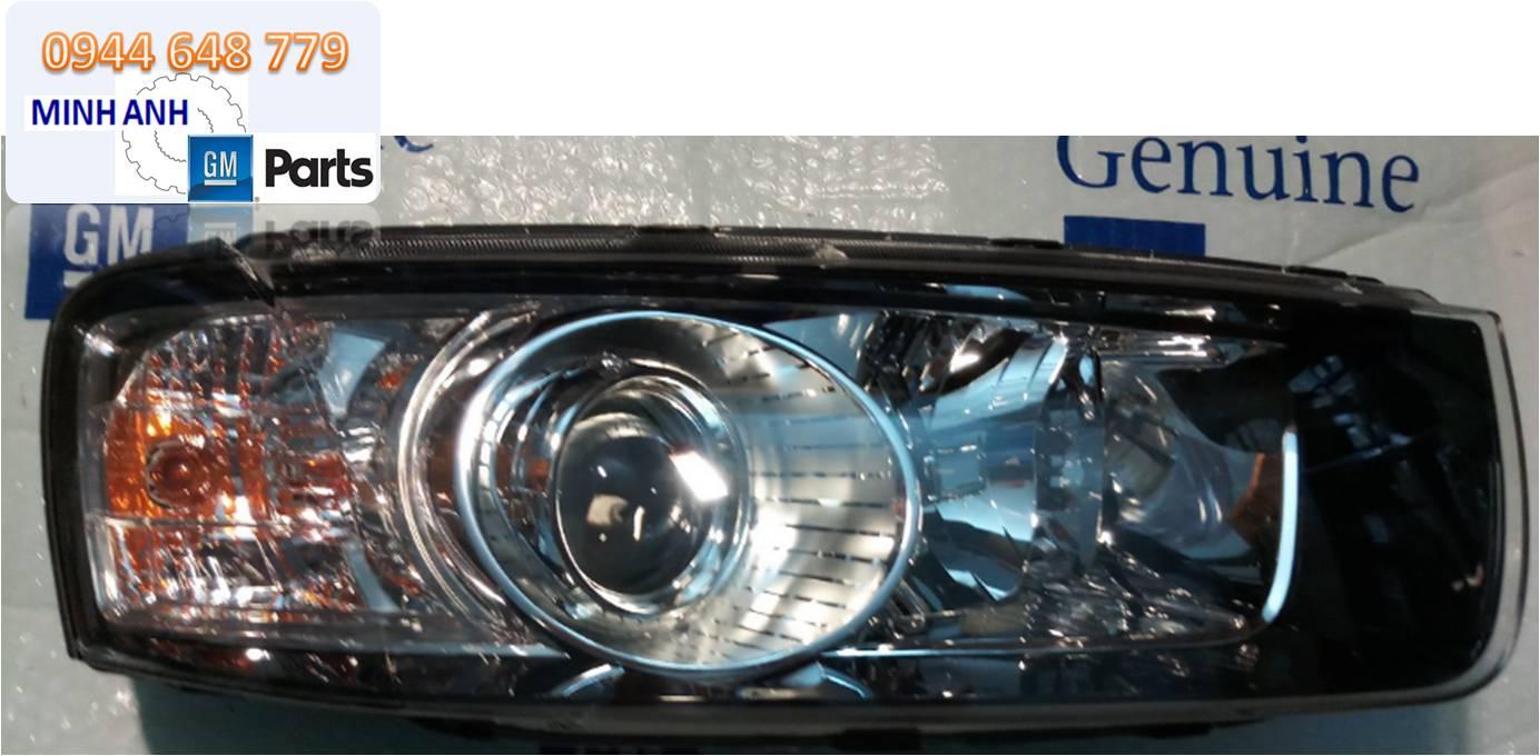 Đèn pha xe Capriva 2013