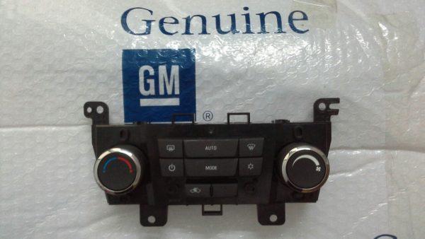 Công tắc điều khiển điều hòa xe Orlando chính hãng GM