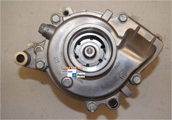 Bơm nước làm máy xe Captiva C140 chính hãng GM